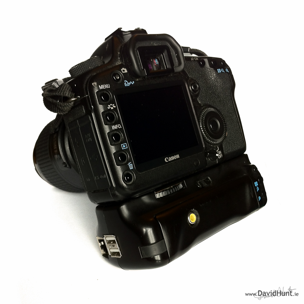 Photographer Adds Some Raspberry Pi to His DSLR